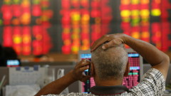 Червена вълна на пазарите в Азия заради коронавируса