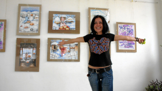 Затворничка откри дебютна изложба