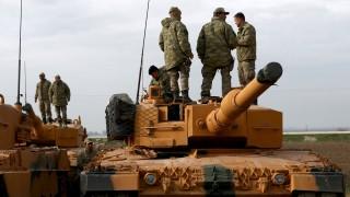 Турция разширява операцията си в Сирия от Африн към Азаз