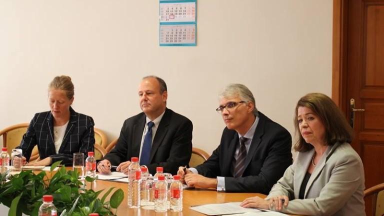Министърът на енергетиката Теменужка Петкова заяви, че изграждането на интерконектора