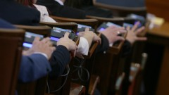 Депутатите приеха закона за горивата