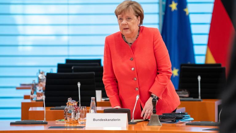 Меркел затръшна вратата пред Великобритания за пост-Брекзит компромис