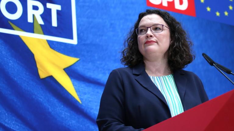 Шефката на германските социалдемократи няма да подава оставка след разгрома