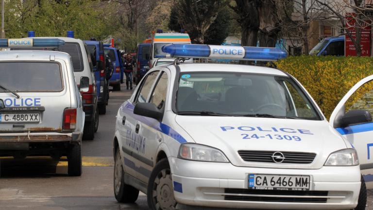 Откриха мъртъв полицай в Перник