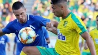 """Абсурден червен картон провали Левски в Кипър, """"сините"""" инкасираха три гола за осем минути"""