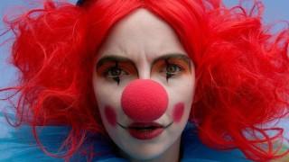 Как клоуните заслужиха уважението на Джоди Комър
