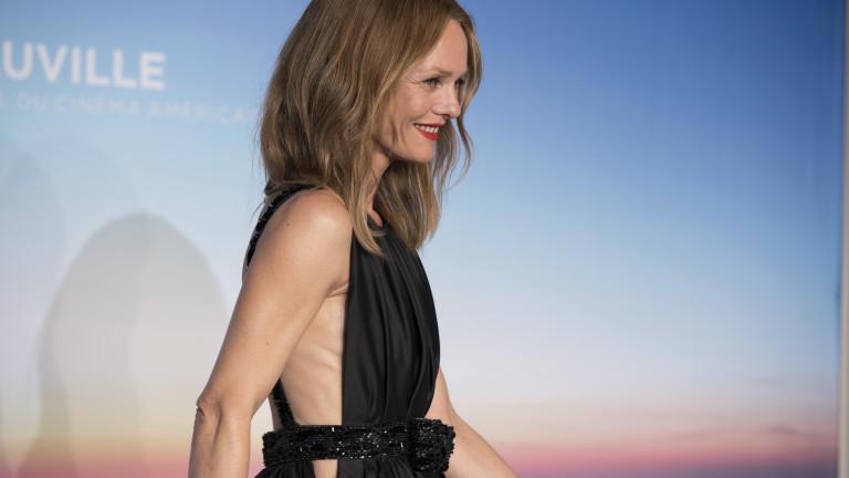 Ванеса Паради - отново впечатляваща в Chanel