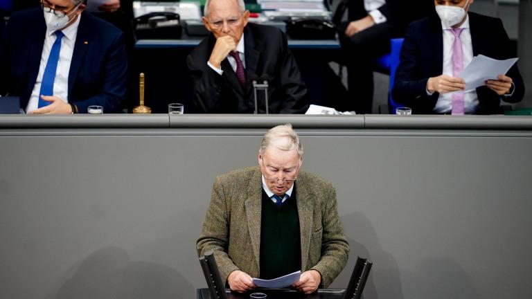 """""""Алтернатива за Германия"""" се извини за """"нецивилизовано"""" поведение в Бундестага"""