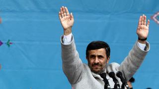 Ахмадинеджад на обиколка за нови партньори