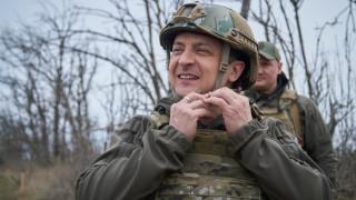 Украйна: Зеленски иска да говори с Путин, но не му отговарят