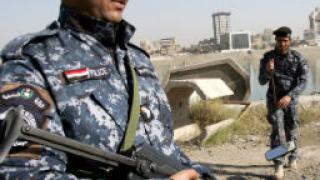 70 души загинаха при поредица от взривове в Ирак