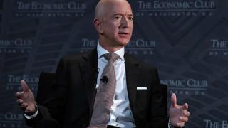 Безос продаде трети пакет акции на Amazon в рамките на седмица