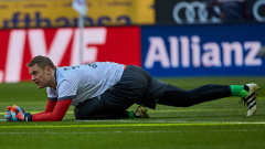 Официално: Мануел Нойер изигра последния си мач за 2017-а