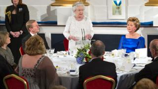 Преодоляхме тежкото наследство, обяви Елизабет II в Ирландия