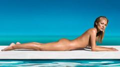 Кейт Мос купи неонов знак с името си за 100 000 паунда