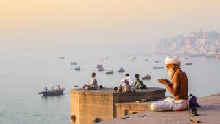 Какво не бива да правим с лявата си ръка в Индия