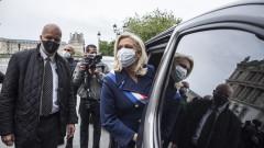 Марин льо Пен смята за необосновано отварянето на училищата във Франция преди септември