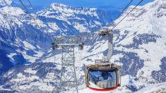 Този швейцарски ски курорт печели повече през лятото