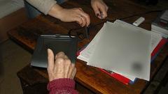 Мобилен екип на МВР за биометрични данни работи в Силистренско
