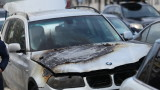 Кола пламна и изгоря на оживено кръстовище в София
