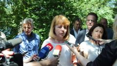 Фандъкова обеща да не изсичат дървета в Борисовата градина