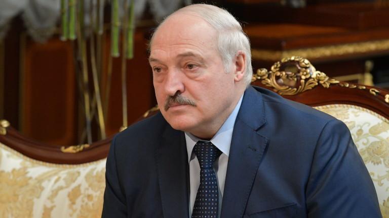 В Беларус агенти нахълтаха в най-големия независим новинарски сайт