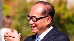 Един от най-богатите хора в света излиза в пенсия на 90 години