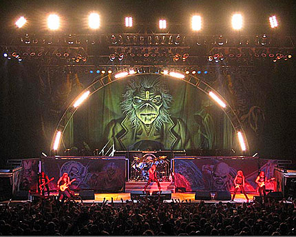 Iron Maiden с филм за последното си турне