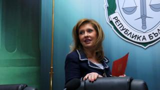 Кметовете на Златица и Созопол превели пари на социално слаби лица