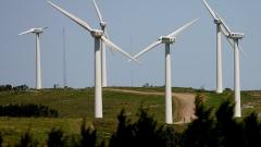 Скоро вятърът и слънцето ще станат най-евтиният източник на енергия