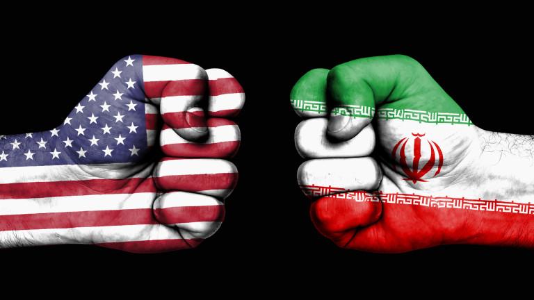 Иран напомня на САЩ: Всичките ви бази в Средния Изток са в обсега на ракетите ни