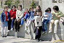 Над 11 000 първолаци прекрачват прага на столичните училища