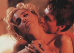 """Шарън Стоун си мечтае за """"Първичен инстинкт 3"""" (галерия и видео)"""
