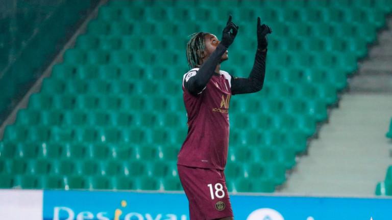 Маурисио Почетино дебютира с равенство 1:1 навън срещу Сент Етиен
