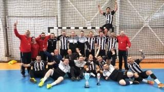 Хандбалистите на Локомотив (Варна) продължават с победната си серия