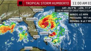 """Тропическата буря """"Умберто"""" прерасна в ураган от първа категория"""