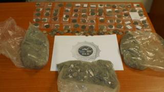 Монети за 0,5 млн. лв. спряха митничари в София
