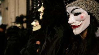 Хакерите на Anonymous обявиха тотална война на Доналд Тръмп