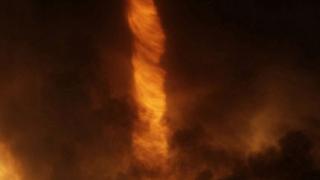 Огнено торнадо вилня в Будапеща