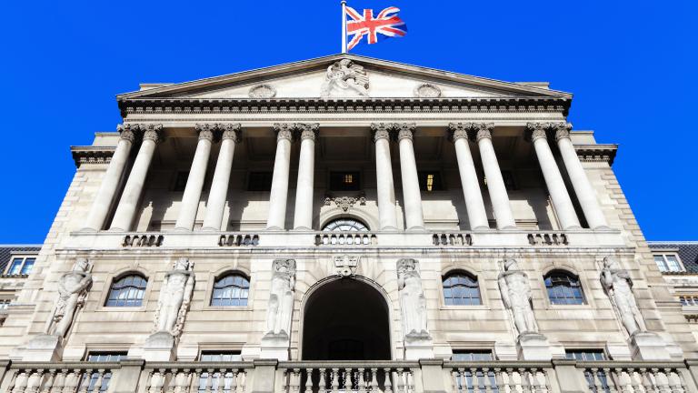Доларът спря подема си. Паундът очаква новини от Банката на Англия