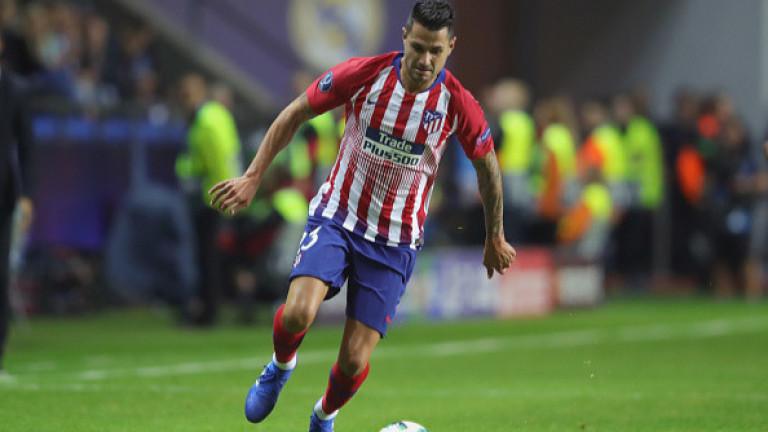 Атлетико (Мадрид) загуби халфа Витоло за няколко седмици заради контузия.