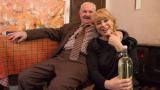 Мира Добрева се гушка с дядо на 102