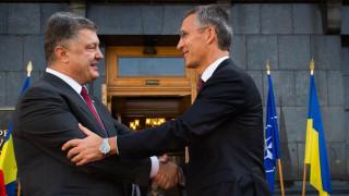 НАТО отвори вратата за Украйна