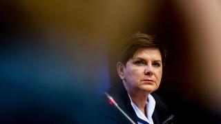 Полша не бърза да сменя националната си валута с евро