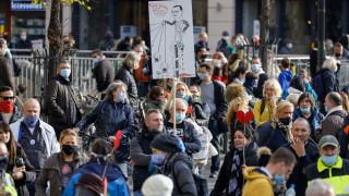Меркел предупреди за тежка зима на фона на протести