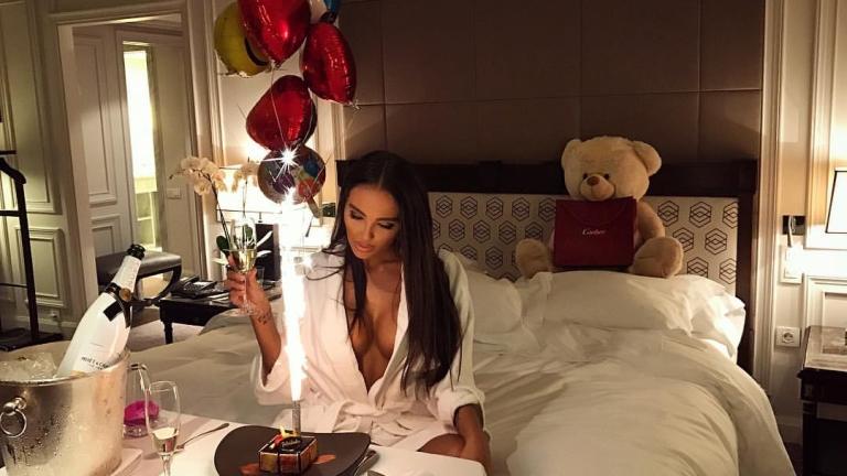 Николета и Ники Михайлов пуснаха снимка от леглото (СНИМКИ)