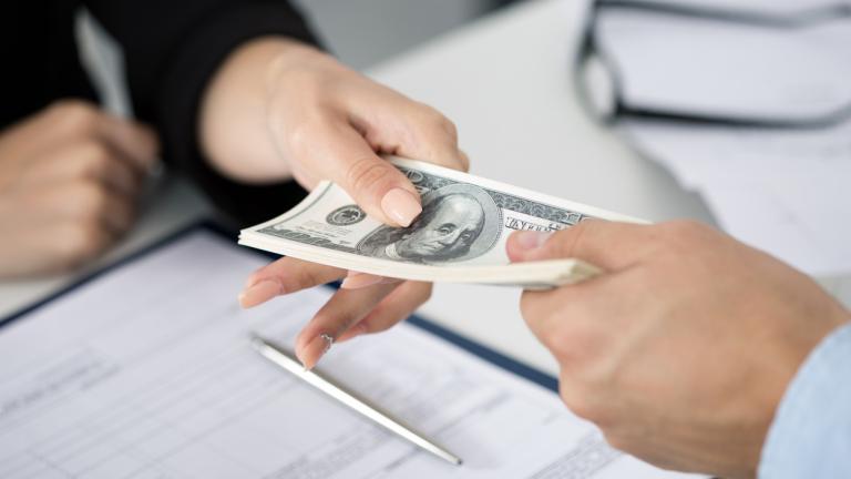 Как да отговорите на въпроса: Колко пари получавате?