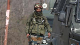 Маоисти убиха най-малко 22 индийски войници