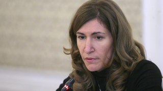 Развалянето на концесията ще загроби Банско, предупреждава Ангелкова