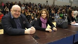 Министър Кралев присъства на контролно на националния отбор по художествена гимнастика
